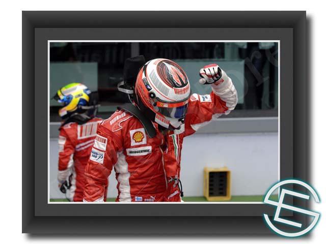 F1 グッズの非売品を多数ご用意しております ドライバーの実使用品やチーム支給品をお探しなら F1通販ショップ Elite Store 評判 メール便送料無料 キミ フェラーリ ライコネン 海外直輸入 フランスGP1 A4サイズ 生写真 グッズ 半額 2007年