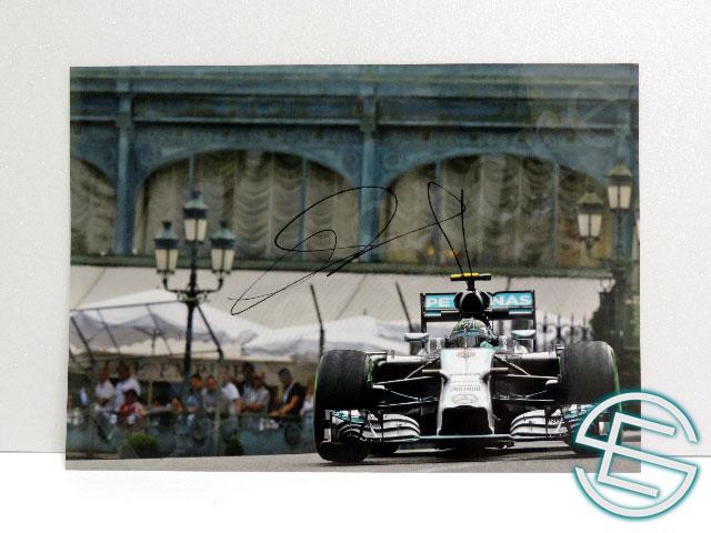 【送料無料】ニコ・ロズベルグ 2014年 メルセデス F1 直筆サイン入り A4サイズ 生写真(海外直輸入 F1 非売品グッズ)