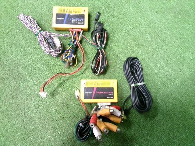 ギフト 梱包 60サイズ部品管理番号:201221501469950 日本産 中古 BMW用TVキャンセラー ビデオモジュレーターintreplan CTC-201 CRM-101セット