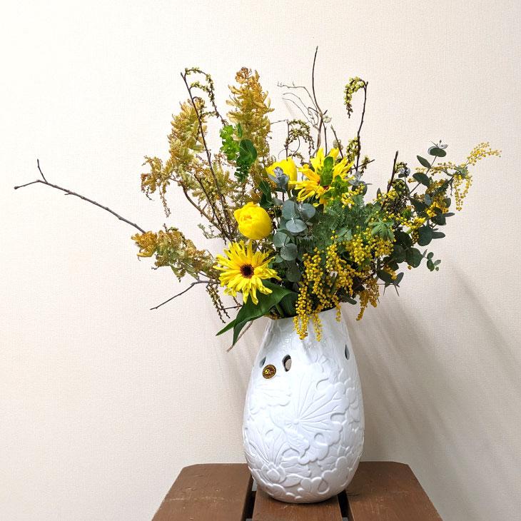 7618 バッチャン焼 ホワイト  花瓶 フラワー 模様 ◆ベトナム雑貨 アジア 花瓶 花器 ガーデニング 陶器 おしゃれ オシャレ フラワーベース ホワイト 白 模様 ◆