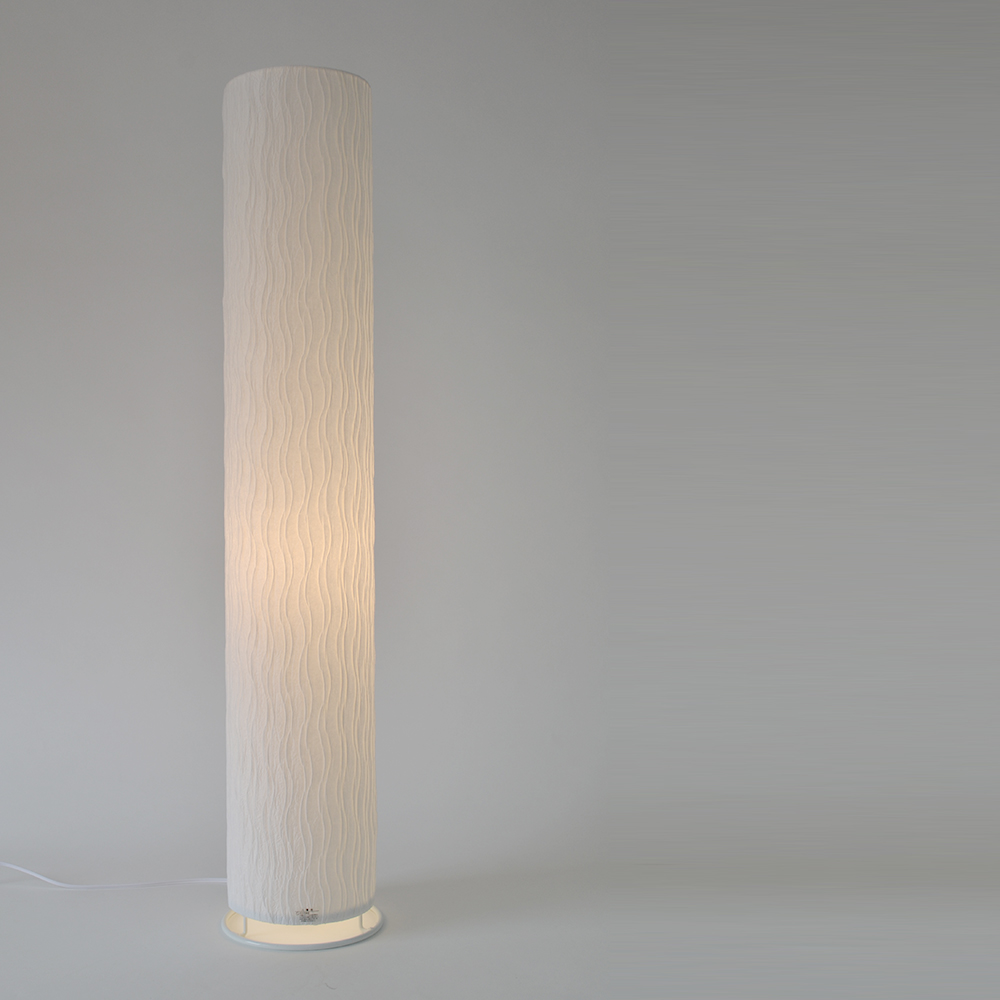 【キャッシュレス5%還元店】【返品OK!条件付】彩光デザイン 和照明 プリーツ フロアスタンドライト 【白熱電球付き】 舞姫 日本製 和風照明 和紙照明 VF-2054-maihime 【KK9N0D18P】【160サイズ】