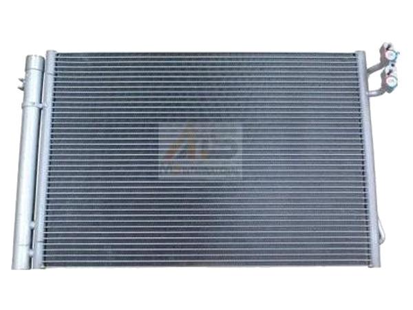 【M's】BMW 3シリーズ E81 E82 E87 E88 (116i 118i 120i 125i 130i 135i) X1 E84 (18i 20i 20iX 25iX 28iX) /エアコンコンデンサー (A/Cコンデンサー)