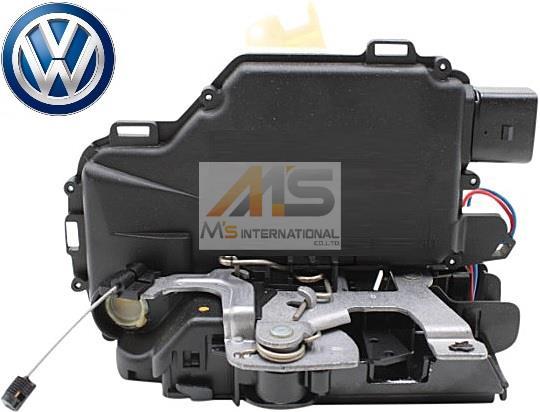 【M's】VW ニュービートル(9C)/ゴルフ4(1J)/ボーラ(1J)/ルポ(6X)純正品 フロント ドアロック アクチュエーター(右側)//正規品 右ハンドル用 フォルクスワーゲン VOLKSWAGEN NEW BEETLE GOLF4 BORA LUPO 6X2-837-014C 6X2837014C