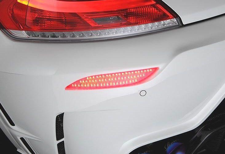 """【M""""s】 BMW E89 Z4 LED リフレクター(Mスポーツ&35is用/ノーマルバンパー用)/ ROWEN/ロエン // 20i 23i 35i 35is/LL20 LM25 LM30 LM35 / 1B001L00 1B001L01 リアバンパー用 反射板"""