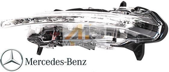 【M's】W204 Cクラス/W251 Rクラス(後期)純正品 LEDデイライト (左側)//ベンツ BENZ 正規品 C180 C200 C250 C350 アバンギャルド ブルーエフィシェンシー R350 4マチック 221-820-1756 2218201756