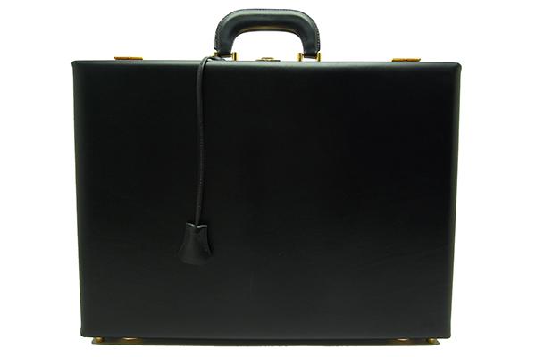 エルメス(HERMES)アタッシュケースボックスカーフF刻印(2002年製)【中古】程度A【smtb-m】