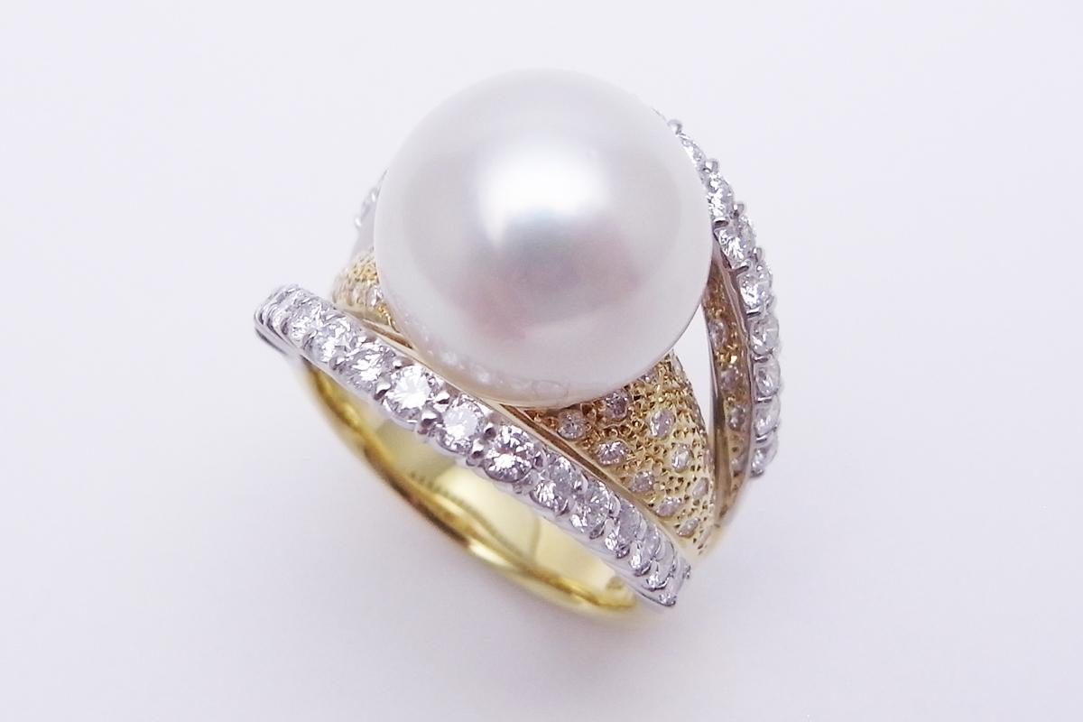 白蝶真珠ダイヤモンドリングK18YG/Pt900 12.0mm 1.10ct 13.2g【中古】程度S【smtb-m】