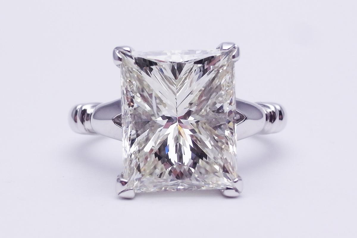 【値下げしました!】ダイヤモンドリングPt900 6.415ct L-SI2 MB 9.3g【中古】程度S【smtb-m】