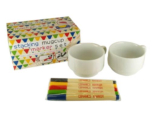 对KOBARU陶器油漆rakuyaki万能笔堆积啤酒杯茶杯万能笔安排