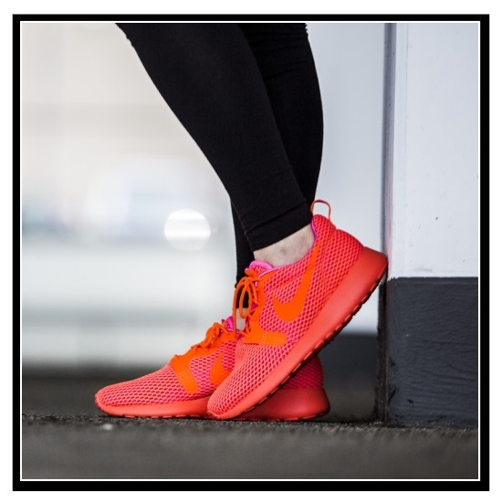 cf688fa15b859 NIKE (Nike) WOMENS NIKE ROSHE ONE HYPER BREATH (ローシワンハイパーブリーズ) HYP BR  sneakers (Time To Live CRMSN TTL CRMSN-PNK BLST) total crimson (833826 ...