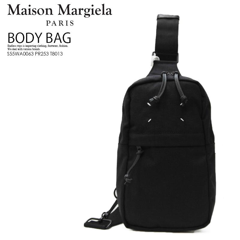 【希少! 大人気!】Maison Margiela (メゾン マルジェラ) Cross-body backpack (クロスボディ バックパック) ボディバッグ ワンショルダーバッグ スリングパック キャンバス製 ユニセックス 黒 BLACK (ブラック) S55WA0063 PR253 T8013