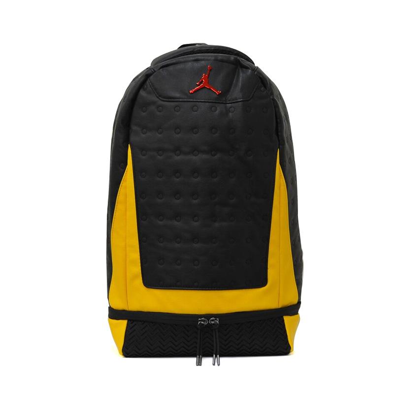 NIKE (Nike) JORDAN RETRO 13 BACKPACK (13 Jordan nostalgic backpacks) men s    Lady s day pack rucksack BLACK UNIVERSITY GOLD UNIVERSITY RED (black    gold ... c2bac9bf63ac1