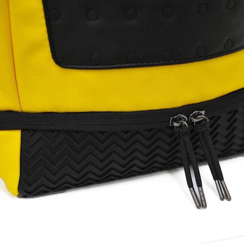 NIKE (Nike) JORDAN RETRO 13 BACKPACK (13 Jordan nostalgic backpacks) men s    Lady s day pack rucksack BLACK UNIVERSITY GOLD UNIVERSITY RED (black    gold ... 82f081248a9e2