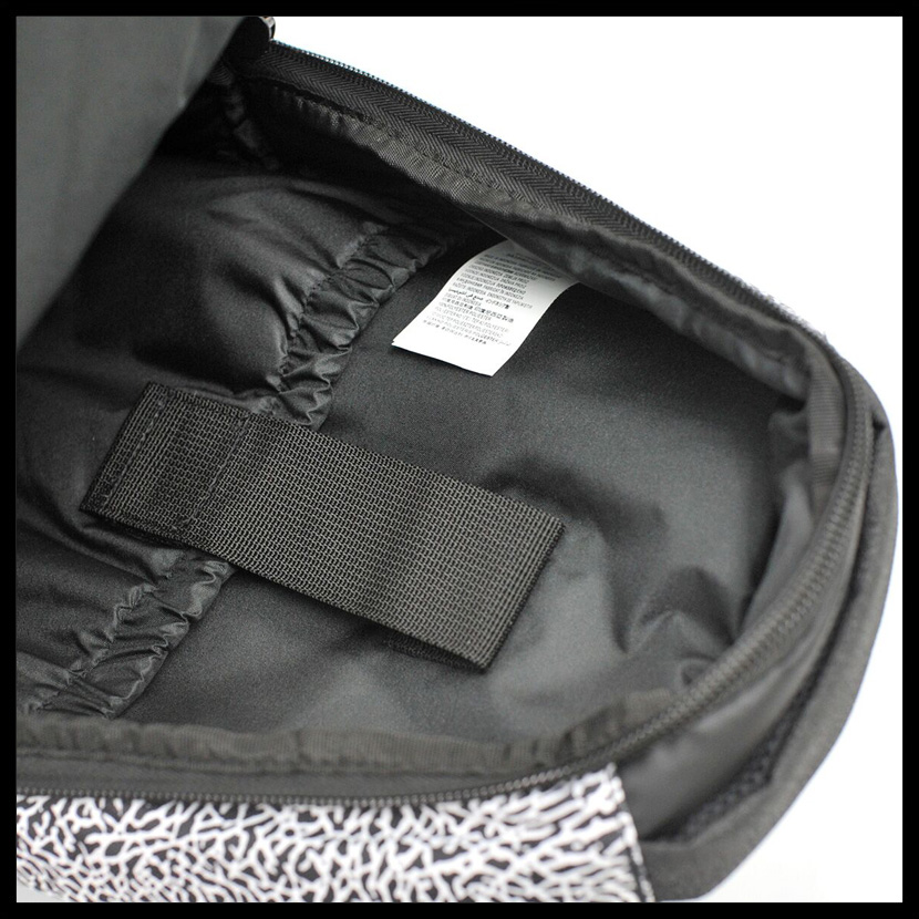 NIKE(耐克)JORDAN ALL WORLD BACKPACK(乔丹全部世界背包)男子的/女士日包帆布背包BLACK/WHITE(黑色/白)9A1640 210 ENDLESS TRIP(永无休止的旅行)