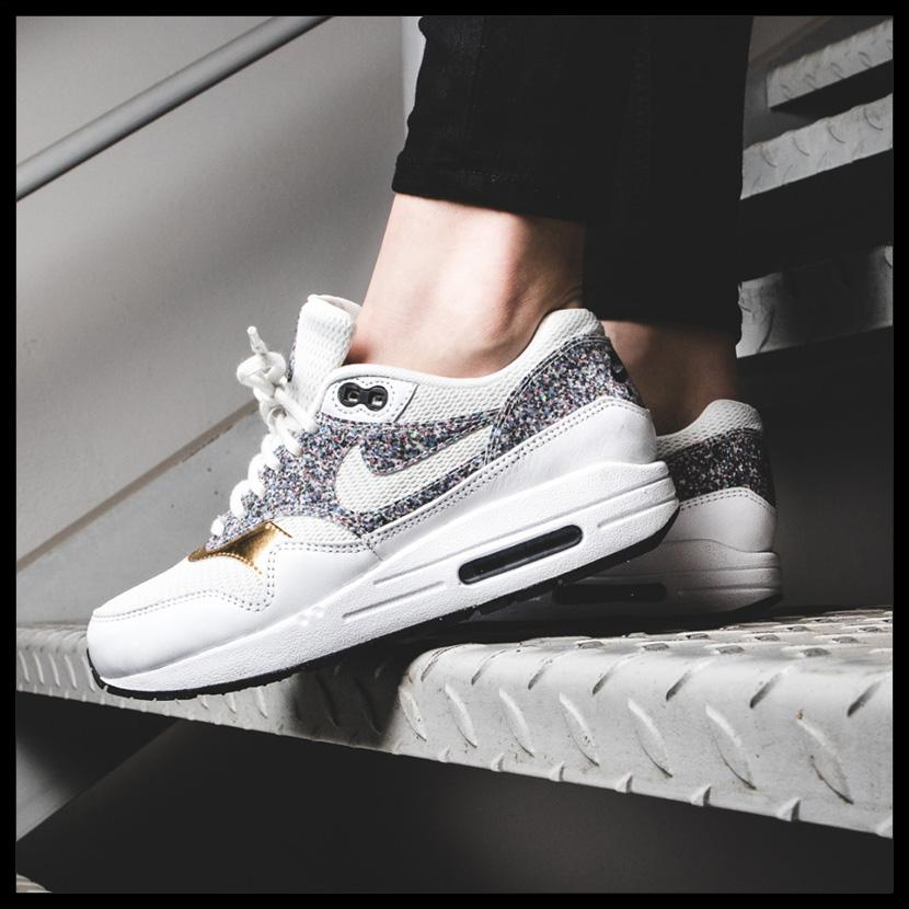 best sneakers 53110 4f8a8 NIKE (Nike) WOMENS AIR MAX 1 SE (Air Max) women sneakers WHITE WHITE-BLACK  (white   black) 881101 100 ENDLESS TRIP ENDLESSTRIP end rest lip