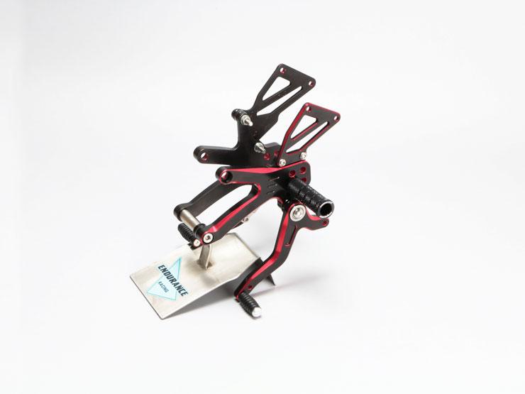CBR250RR('17.5~) バックステップキット (ブラック/レッド)