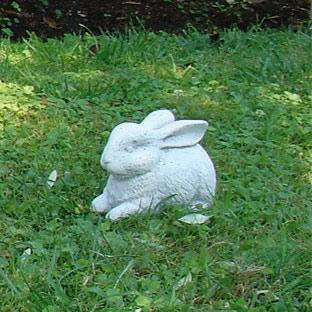 イタリア製石像:うさぎ(小)
