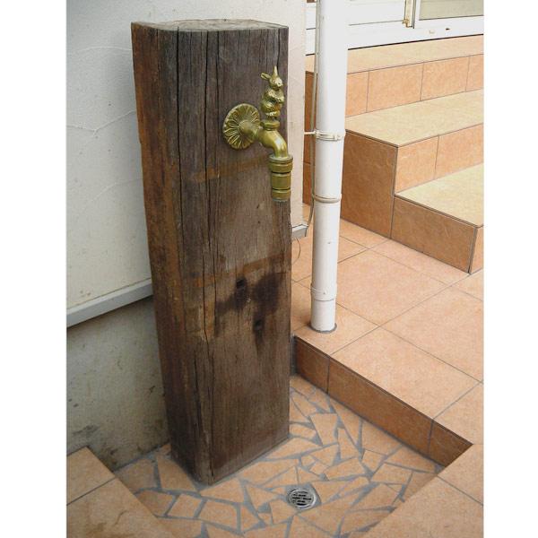 蛇口付枕木立水栓:ウサギ・真ちゅう色