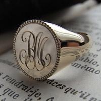 シグネットリング:ゴールド K10 ミデイアム オーバル オーダー イニシャル:リング 指輪 アクセサリー ピンキーリング