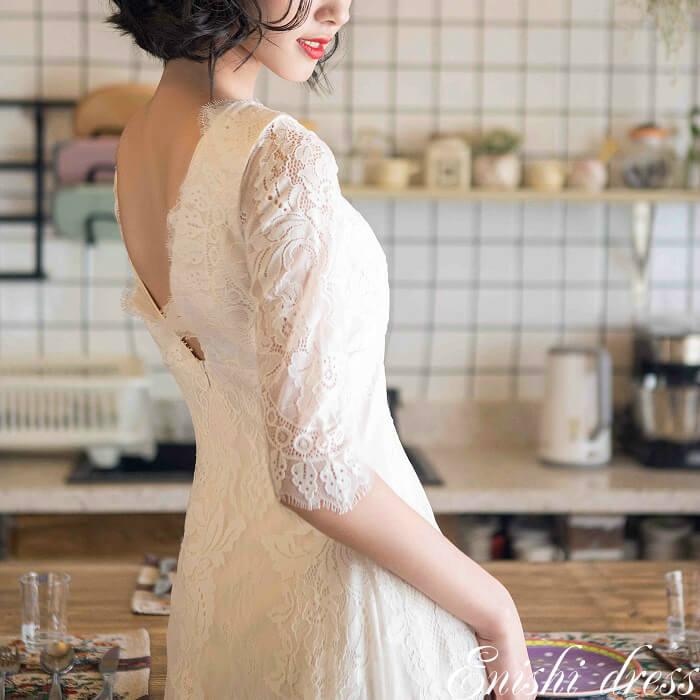 ウェディングドレス スレンダーライン ロングドレス 七分袖 Vネック 背面V字 花柄 レース ホワイト 結婚式 披露宴 二次会 前撮り パーティー サイズオーダー オーダーメイド かわいい