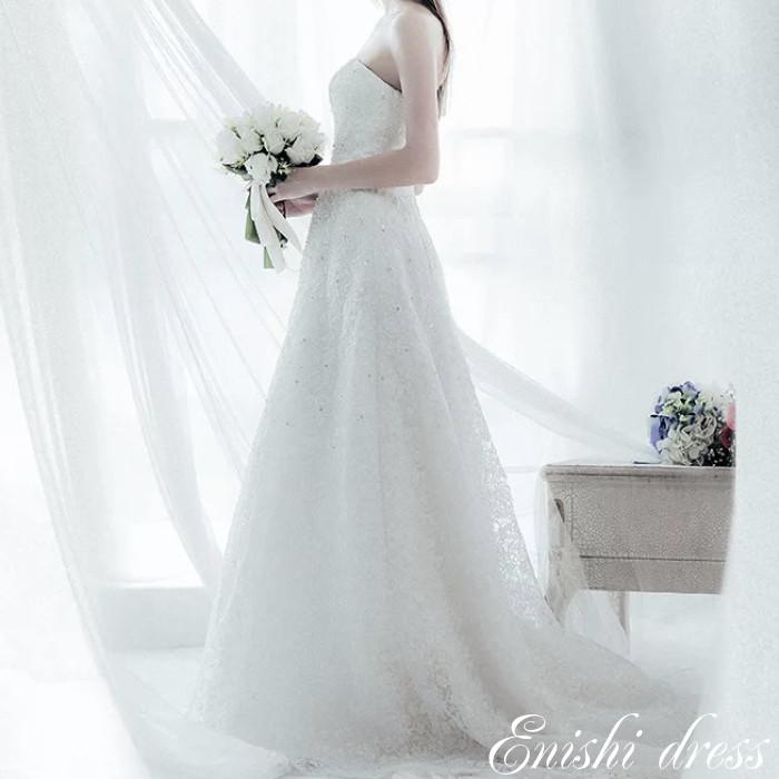 ウェディングドレス Aライン オフホワイト スリム 光沢 ラインストーン フレッシュ 結婚式 披露宴 二次会 前撮り パーティー 装飾 飾り かわいい エレガント 豪華 ハンドメイド サイズオーダー