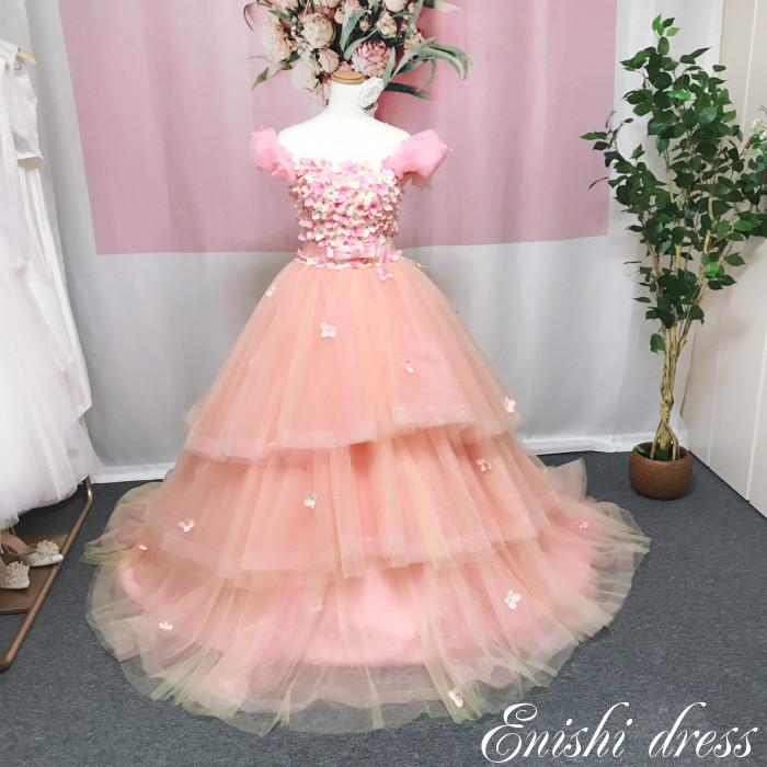 ウェディングドレス カラードレス ワンショルダー 色変更可 花柄 装飾 ボリューム リボン ウエストリボン チュール 結婚式 披露宴 二次会 前撮り パーティー かわいい ふわふわ カラフル インスタ映え