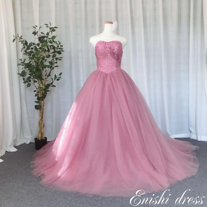 ウェディングドレス カラードレス 小豆ピンク ウエストV字カット ふわふわ 柔らかい 結婚式 披露宴 二次会 前撮り パーティー レース チュール ハートカット かわいい おしゃれ エレガント ゴージャス