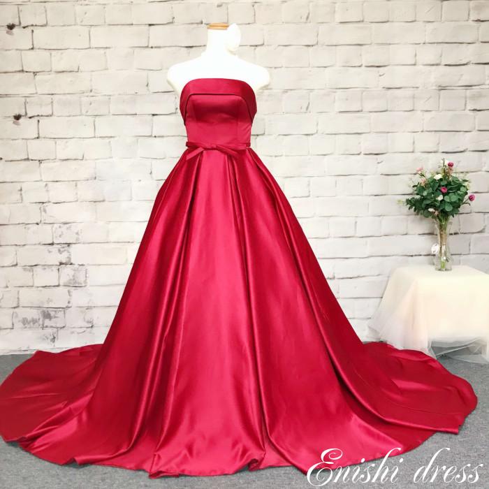 ウェディングドレス カラードレス レッド 編み上げ 調整 ワインレッド 色変更可 サテン かわいい 上品 豪華 エレガント 優雅 着痩せ インスタ映え 結婚式 披露宴 二次会 前撮り パーティー