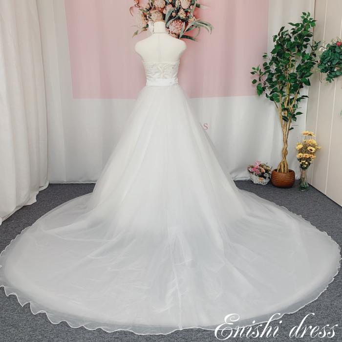 ウェディングドレス オーバースカート 外側オーガンジー素材 チュール 結婚式 披露宴 二次会 前撮り パーティー おしゃれ インスタ映え 上品 高級感 豪華 華やか エレガント ゴージャス 色変更可 色変更可