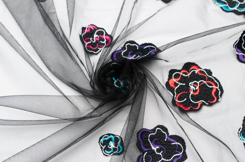 イタリア製【G.A.社】コットン・ブレンドチュール・エンブロイダリースカラップ仕上げ1.8m単位 生地・布