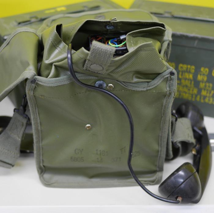 (実物) 野戦電話 US EE-8-B