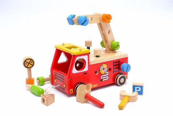 アクティブ消防車 エデュテI'mTOY出産祝い プレゼントに 楽ギフ 包装楽ギフ のし宛書楽ギフ メッセ入力smtbpUVqGzMS