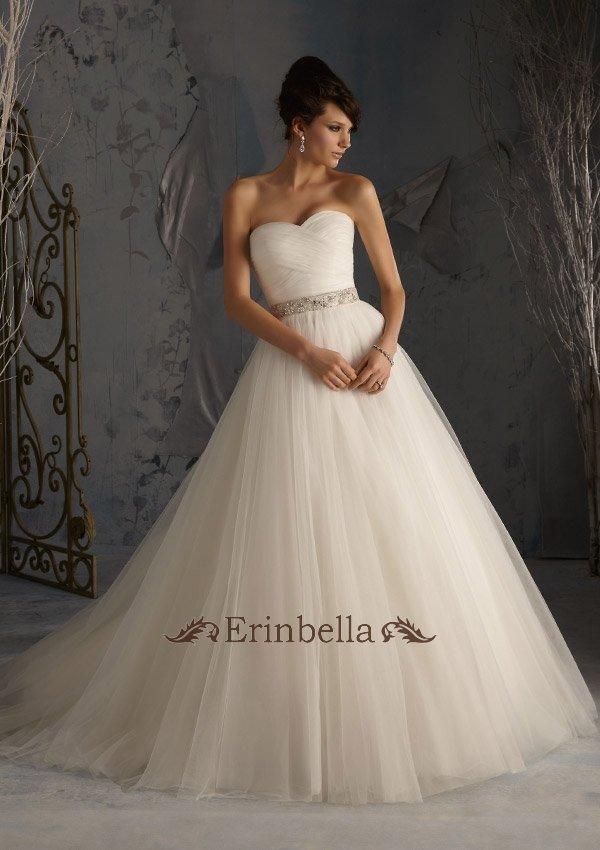 ウェディングドレス ベアトップ ビスチェ プリンセスライン ふわふわセンス チュール TW0068