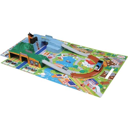 プラレール トーマスシリーズ きかんしゃトーマス おでかけ立体マップ おもちゃ こども 卸直営 男の子 予約販売 3歳 電車 子供