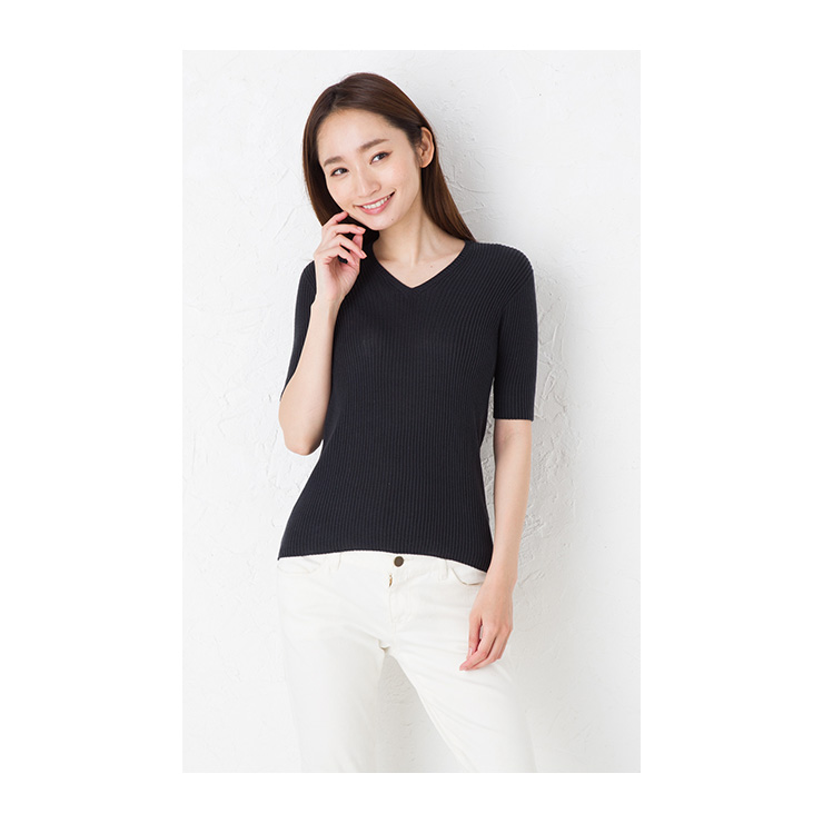 62b79bdbcb8 The color such as the interval of charcoal and the navy. Because I do not  develop like black clearly