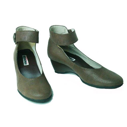 アンクルストラップパンプス レディースパンプスストラップパンプス本牛革牛革トープチェック23cm23 5cm24cm2E日本製アウトレットサンプル品婦人靴革革靴LARj354q