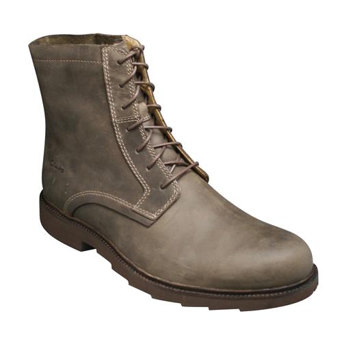 【Clarks(クラークス)】牛革レースアップブーツRamsay Tall(ラムゼイ トール)・090C(ダークブラウンヌバック) ・20306554/メンズ 靴