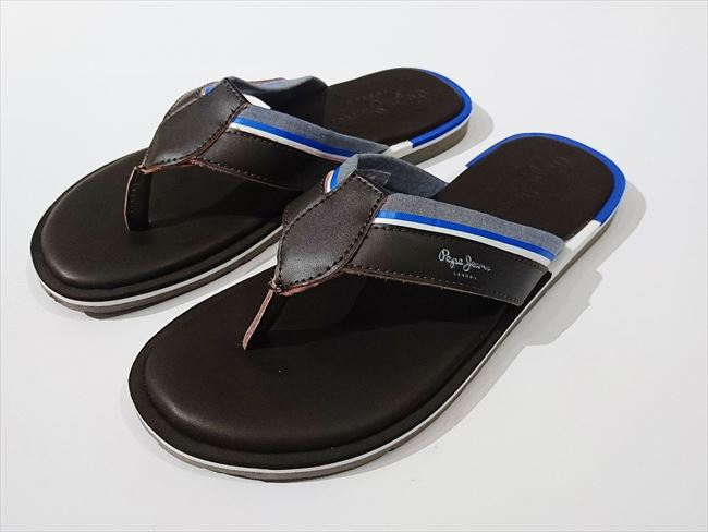 97fad570a3e5 magazine Safari publication brand   men fashion   B sun   sandals   leather    men shoes   beach sandal in the spring and summer latest Pepe Jeans LONDON   ...