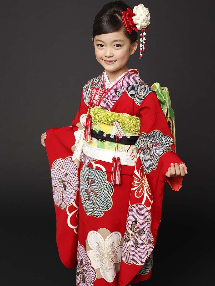 七五三 着物 7歳 紅一点 正絹 女の子 きもの単品 小紋 レトロ ブランド 赤梅 四つ身