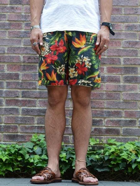 FRANKLIN MARSHALL フランクリンマーシャル イタリア製 メンズ 花柄 フラワー ショートパンツ