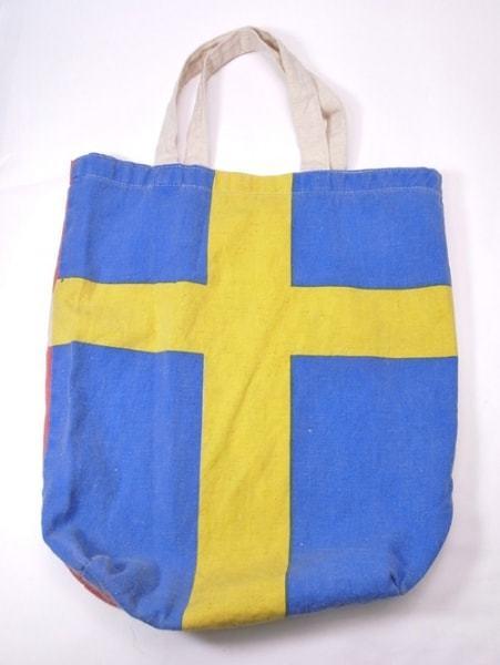 裏表で柄が違う ちょっとかわった布袋バッグは国旗のデザインが新鮮です FLAG BAG エコバッグ 折りたたみ 2面バッグ 出群 再再販 布バッグ コットンバッグ