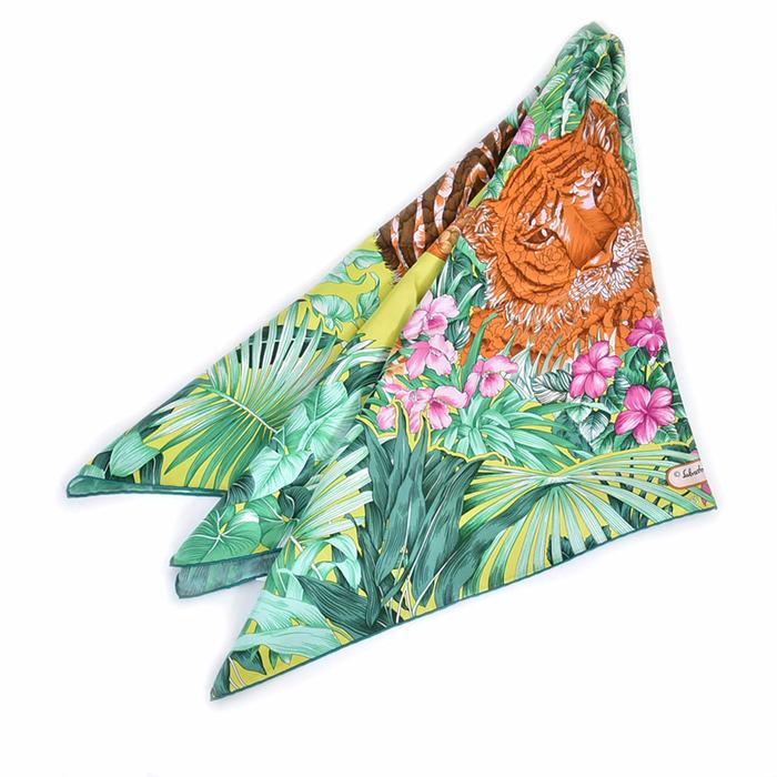 フェラガモ シルク スカーフ FERRAGAMO 31-7065-16 グリーン ラスト1点 母の日 プレゼント