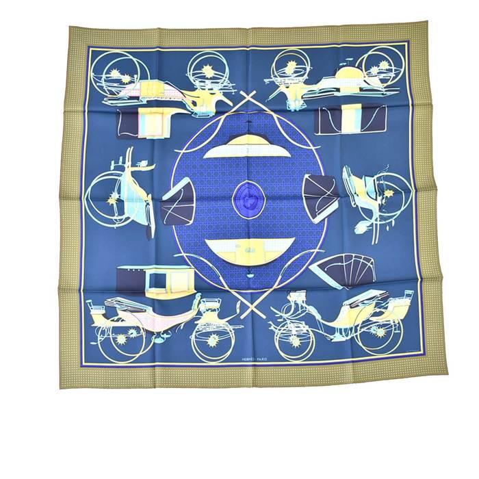 エルメス シルクツイル スカーフ カレ 90 HERMES LES UOITURES A TRANSFORMA カーキ ラスト1点 母の日 プレゼント