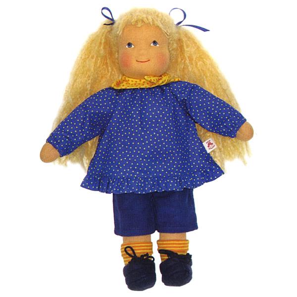 Heidi Hilscher ハイデ ヒルシャー Leonie レオニー~ドイツの小さな街ウルムに工房をかまえるハイデ ヒルシャーの手作りのお人形です。自然素材で作られています。