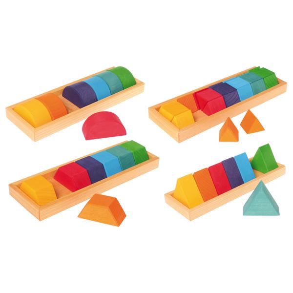 Grimm's Spiel & Holz Design グリムス社 GM色と形つみき(4種)~ドイツ、グリムス社の子どもの五感を刺激する7色4種類の積み木セット。レインボーカラーの積み木はお子さまの創造性を育みます。
