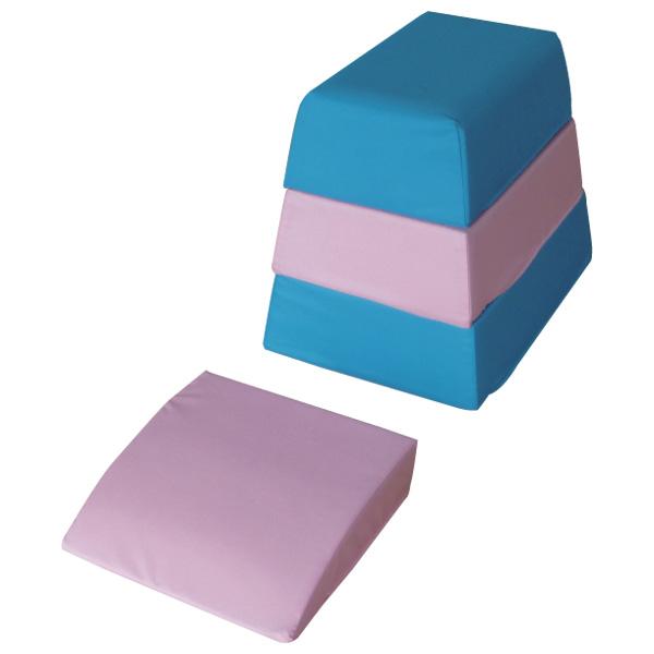 一歩社 はじめしゃ ソフトとびばこ~一歩社(はじめしゃ)のお子さまの運動や運動会にオススメのおもちゃ・遊具。ソフトな素材の跳び箱運動用品です。