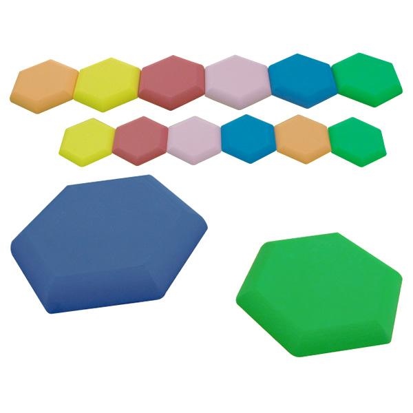 一歩社 はじめしゃ とびとびバランス~一歩社(はじめしゃ)のお子さまの運動や運動会にオススメのおもちゃ・遊具。六角形形状のEVAスポンジ製の飛び石です。