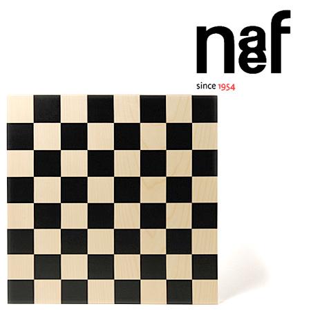 Naef ネフ社 バウハウス チェス盤 Bauhaus Schachbrett~スイス・Naef(ネフ社)のバウハウス・シリーズ。1923年にバウハウスにてデザインされた「チェスセット」です。こちらは「チェス盤」になります。