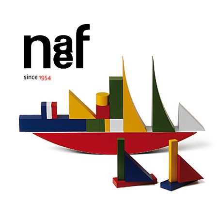 Naef ネフ社 バウハウス バウスピール Bauhaus Bauspiel~スイス・Naef(ネフ社)のバウハウス・シリーズ。船のようなピースが特徴的で美しい積み木「バウハウス バウスピール」です。