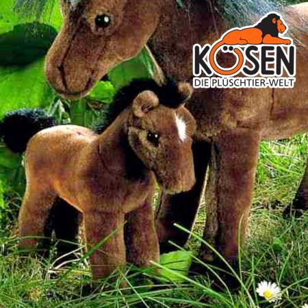 KOESEN ケーセン社 ポニー (小) 茶 3350~ドイツ・KOESEN/KOSEN(ケーセン社)の動物のぬいぐるみ。愛らしい表情のポニーのぬいぐるみです。出産祝い クリスマス プレゼント 結婚記念日 出産したママへのご褒美にもおすすめ